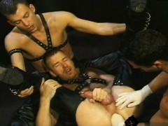 movies-of-blokes-fisting-gay-it-s-a-three-for-all-pornstar