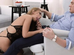 young-courtesans-hard-anal-for-sexy-courtesan