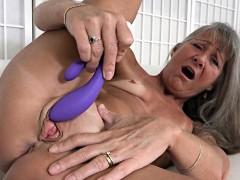 hot-milf-sex-with-cumshot