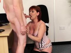 spicy-hottie-gets-cumshot-on-her-face-sucking-all-the-sperm
