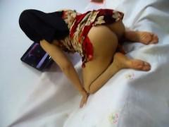 sexy-kurdish-hijab-housewife-ala-kareem-masturbation9