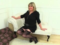 british-milfs-lulu-lush-and-alisha-rydes-in-stockings