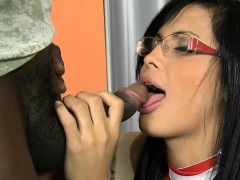 Pierced Navel Tranny With Glasses Gets Her Anal Slammed