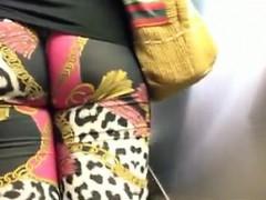 Voyeour Hidden Cam In Women Lockerroom