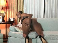 Bigbooty Ebony Ts Jerks Her Cock