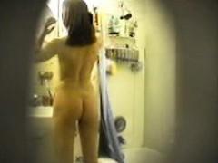 Geheime camera in hotelkamer laat hete dingen zien