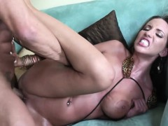 hot-pornstar-kelly-divine-fuck-and-cum-in-mouth