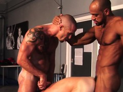 Sub Muscle Hunk Joins Interracial Duo In Trio