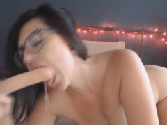awesome girl fucking herself with her favorite toy xxx.harem.pt