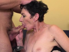 sexy mature lady banging and sucking