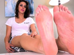 Feet Massaging Tranny Stretches Her Feet