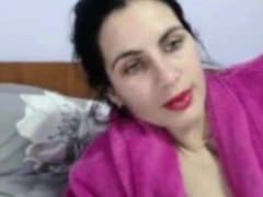Amateur Arab Muslim Masturbates Her Islamic Pussy On Webcam