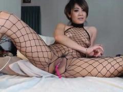 european-babe-with-an-asian-guy-having-sex