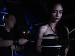 arwen-gold-bdsm-session-with-sex-toys-and-leather-whip