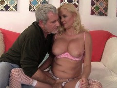 old-babe-sara-skippers-mature-sex-fat-cock