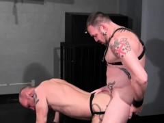 kinky-gay-man-barebacking