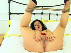 spanish milf montse swinger peels off her pantyhose