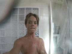 super-sexy-rahyndee-james-takes-a-hot-shower
