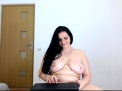 fat sexy amateur masturbates on huge boobs