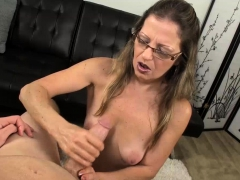 milfs got a throbbing boner staring at her