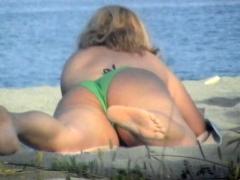 Great Blonde Beach Voyeur Facial