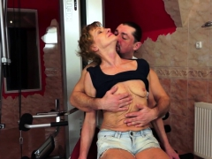 hairy amateur granny gets penetrated anally