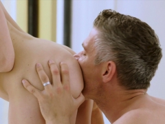 tushy-assistant-makes-her-boss-work-for-anal