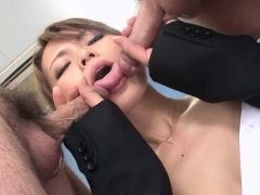 sexy-asian-office-girl-blows-her-coworkers