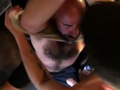 rimming-bear-raw-bangs