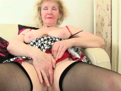 english-gilf-elle-still-lusts-for-orgasms