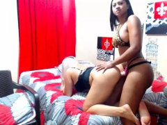 Amateur Ebony Lesbian Fuck With A Strapon