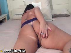 Old Mom With A Huge Ass Is Stripping Part2