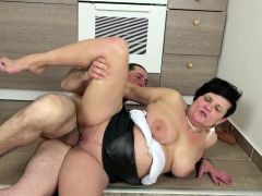 german-milf-seduce-to-fuck-by-best-friend-of-her-son
