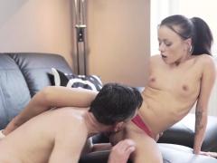 Mladý Teen Sex Slave