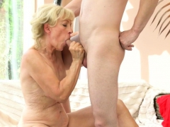 banged old lady creampied