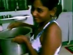 sexo en la cocina india