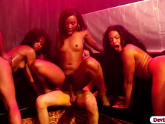 4-black-chicks-suck-and-fuck-in-the-bar