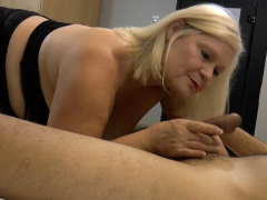 laceystarr – hooker gilf creampied by a fortunate customer