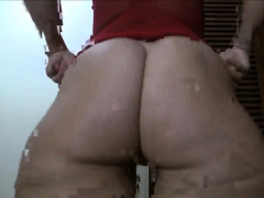 pawg shaking her butt 2