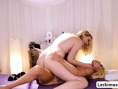 elsa-jean-visits-chloe-cherry-massage-parlor-to-orgasm