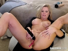 A Warm Blonde Slut Is Having Fun By Herself | Porn Bios