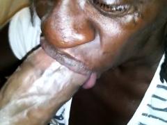 granny-and-granny-doing-stript-on-webcam