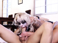 painted-up-punk-in-threeway-gets-mouth-jizzed