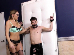 blonde-cuckolding-domina