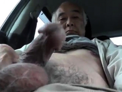 erection-in-the-parking-lot