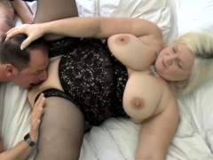 shlong-sucking-granny-gets-pussy-eaten