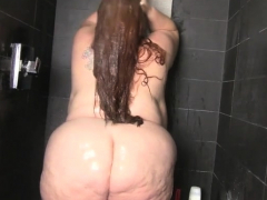 fat-juicy-bbw-in-the-shower