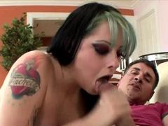 phat-ass-tattooed-babe-nicole-malice-hot-sex