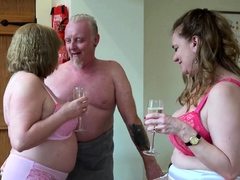 agedlove-two-matures-and-handy-man-in-threesome