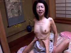 cumshot-oozing-from-asian-japanese-pussy-hole